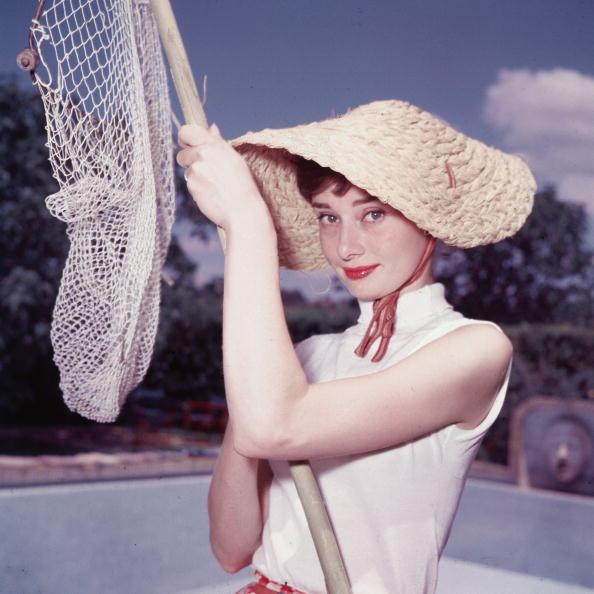 Hat「Portrait Of Audrey Hepburn」:写真・画像(13)[壁紙.com]