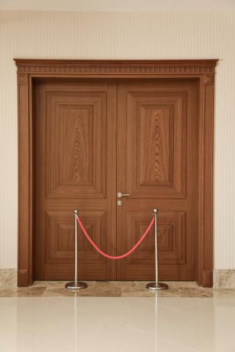 Convention Center「entered the door」:スマホ壁紙(18)