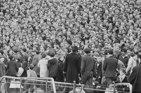 Stadium「Stamford Bridge Crowds」:写真・画像(12)[壁紙.com]