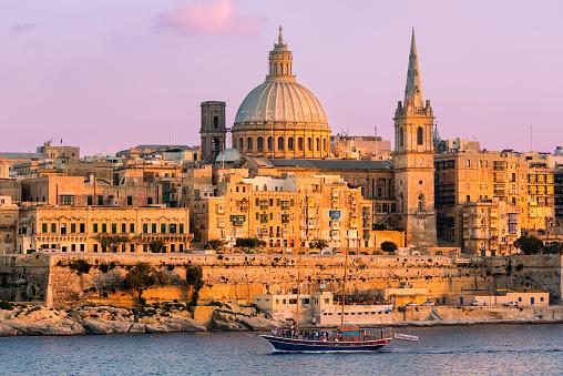 Cathedral「Malta, Valletta at dusk」:スマホ壁紙(6)