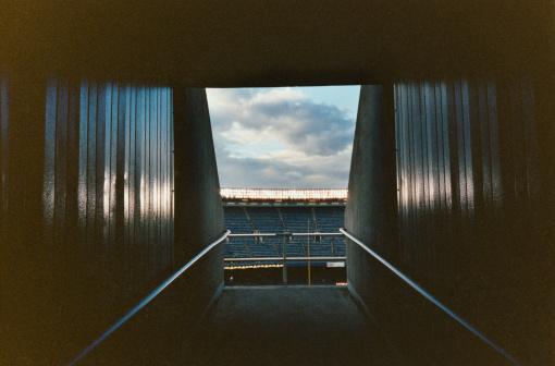 Stadium「Corridor in stadium」:スマホ壁紙(12)