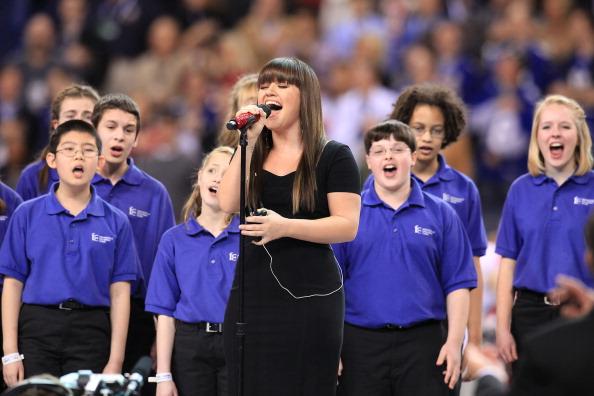 National Anthem「Bridgestone Super Bowl XLVI Pregame Show」:写真・画像(7)[壁紙.com]