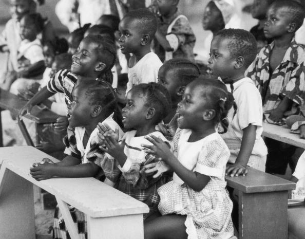 Bench「Cote d'Ivoire Refugees」:写真・画像(12)[壁紙.com]