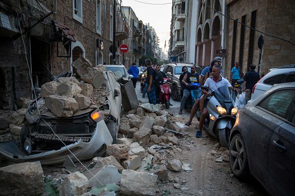 Exploding「Massive Explosion Near Port Area Of Beirut」:写真・画像(4)[壁紙.com]