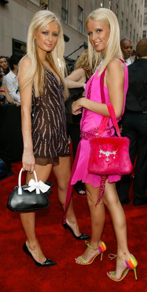 Shoe「Paris and Nikki Hilton」:写真・画像(19)[壁紙.com]