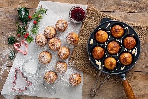 Danish Culture「Traditional apple pancakes or Aebleskiver in danish.」:スマホ壁紙(3)