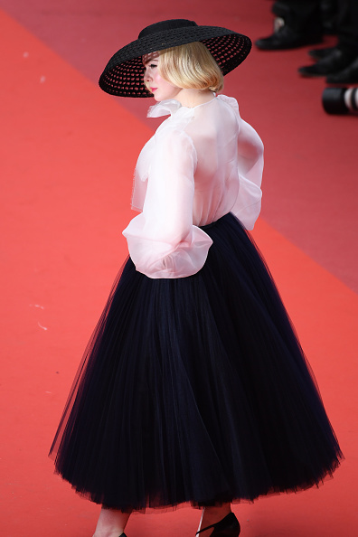 """Elle Fanning「""""Once Upon A Time In Hollywood"""" Red Carpet - The 72nd Annual Cannes Film Festival」:写真・画像(7)[壁紙.com]"""