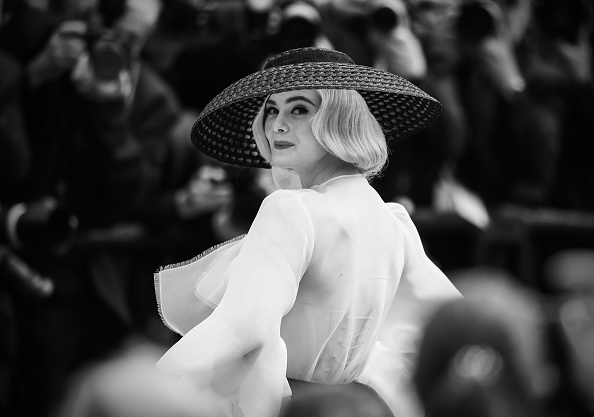"""Elle Fanning「""""Once Upon A Time In Hollywood"""" Red Carpet - The 72nd Annual Cannes Film Festival」:写真・画像(9)[壁紙.com]"""