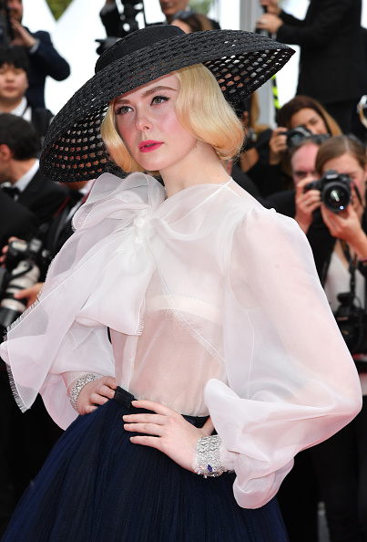 "Elle Fanning「""Once Upon A Time In Hollywood"" Red Carpet - The 72nd Annual Cannes Film Festival」:写真・画像(11)[壁紙.com]"