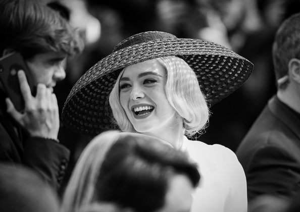 "Elle Fanning「""Once Upon A Time In Hollywood"" Red Carpet - The 72nd Annual Cannes Film Festival」:写真・画像(10)[壁紙.com]"
