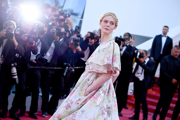 "Elle Fanning「""Les Miserables"" Red Carpet - The 72nd Annual Cannes Film Festival」:写真・画像(11)[壁紙.com]"