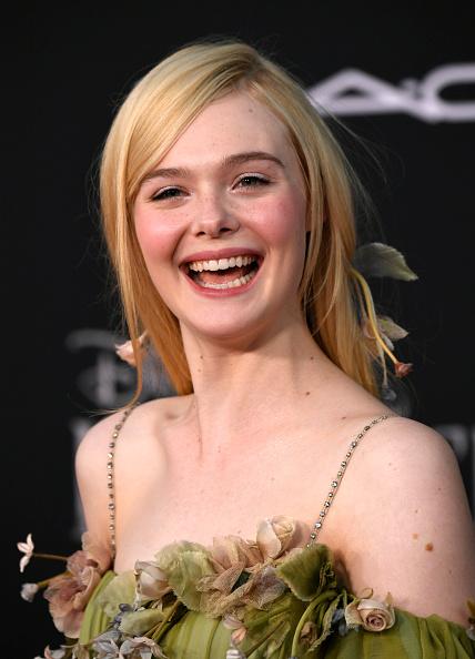 "Elle Fanning「World Premiere Of Disney's ""Maleficent: Mistress Of Evil"" - Red Carpet」:写真・画像(6)[壁紙.com]"