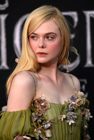 "Elle Fanning「World Premiere Of Disney's ""Maleficent: Mistress Of Evil"" - Red Carpet」:写真・画像(5)[壁紙.com]"