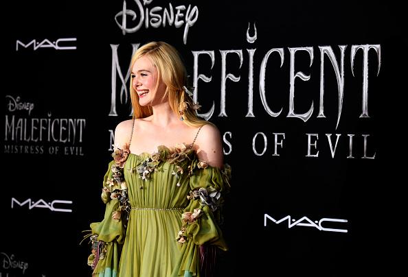 "Elle Fanning「World Premiere Of Disney's ""Maleficent: Mistress Of Evil"" - Red Carpet」:写真・画像(4)[壁紙.com]"
