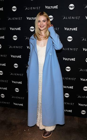 "Elle Fanning「Vulture + TNT Present ""The Alienist"" in Park City, Utah」:写真・画像(5)[壁紙.com]"