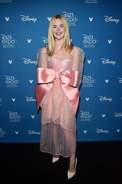 Elle Fanning「Disney Studios Showcase Presentation At D23 Expo, Saturday August 24」:写真・画像(17)[壁紙.com]
