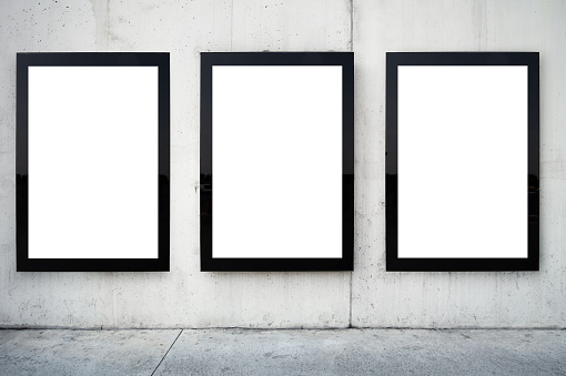 Billboard Posting「Three blank billboards on wall.」:スマホ壁紙(6)
