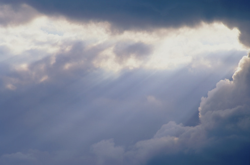Spirituality「Clouds breaking w/ Beams」:スマホ壁紙(16)