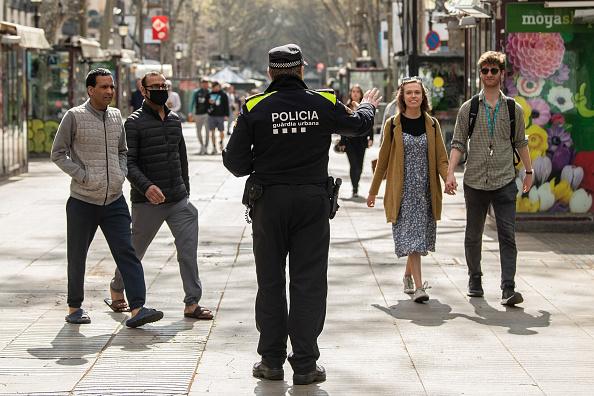 Spain「Spain To Impose Nationwide Lockdown To Combat The Coronavirus」:写真・画像(9)[壁紙.com]