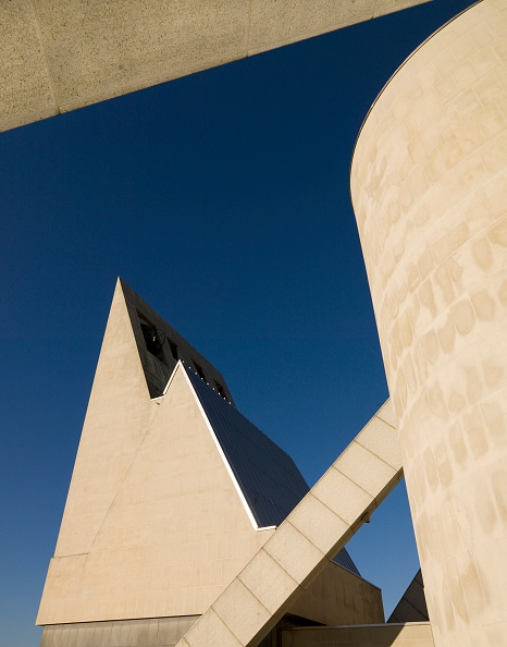 Architecture「Metropolitan Cathedral of Christ the King, Liverpool, Merseyside, 2000」:写真・画像(9)[壁紙.com]