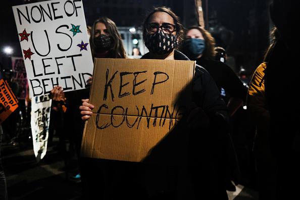 """Philadelphia - Pennsylvania「Protestors Hold """"Count Every Vote"""" Protest Rally In Philadelphia」:写真・画像(14)[壁紙.com]"""