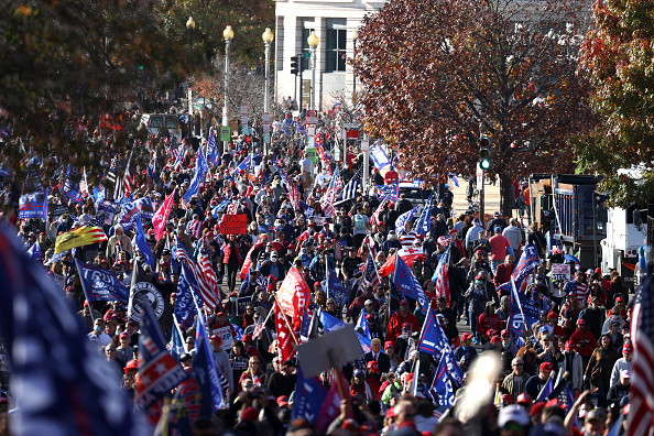 """Marching「Pro-Trump Right Wing Groups Hold """"Million MAGA March"""" To Protest Election Results」:写真・画像(4)[壁紙.com]"""