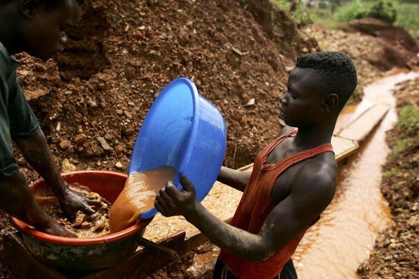 Natural Phenomenon「Gold Rush Fuels DR Congo Crisis」:写真・画像(16)[壁紙.com]