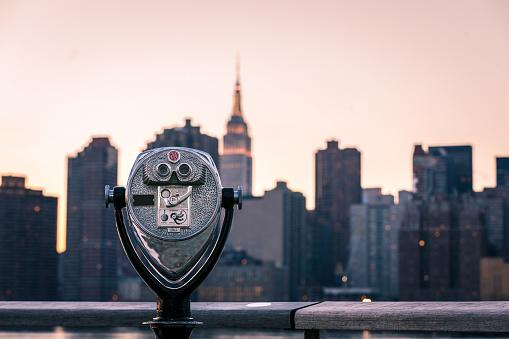 Binoculars「New York View」:スマホ壁紙(19)