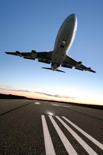 Approaching「XXL jumbo jet airplane landing」:スマホ壁紙(16)