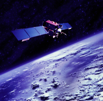 Outer Space「Communications satellite orbiting above Earth」:スマホ壁紙(6)