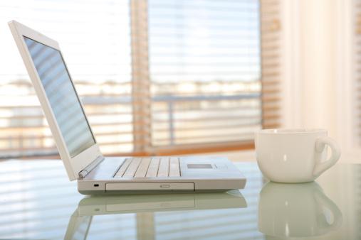 Laptop「Communication」:スマホ壁紙(2)