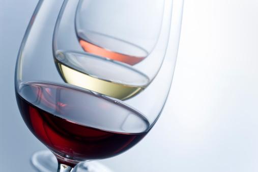 並んでいる「抽象的なワインテイスティング」:スマホ壁紙(19)