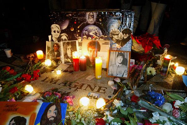 Death「Anniversary of John Lennon's Death in New York」:写真・画像(4)[壁紙.com]