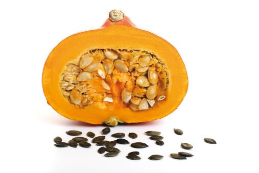 Seed「Half a pumpkin, pumpkin seeds in front」:スマホ壁紙(8)