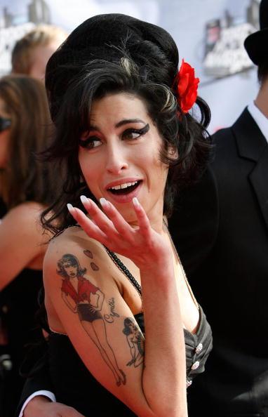 Amy Winehouse「2007 MTV Movie Awards - Arrivals」:写真・画像(16)[壁紙.com]