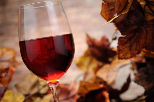 かえでの葉「レッドワイン、秋の装飾」:スマホ壁紙(19)