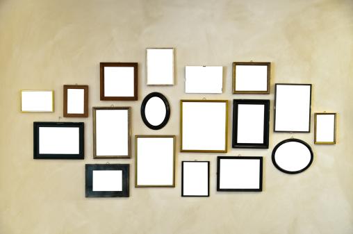 Beginnings「picture frames on vintage wall painting」:スマホ壁紙(6)