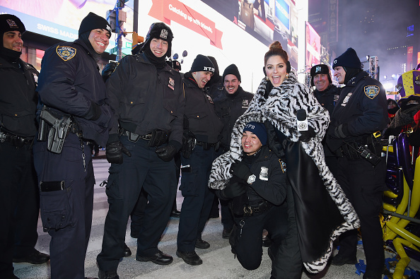 Heat - Temperature「Maria Menounos and Steve Harvey Live from Times Square」:写真・画像(7)[壁紙.com]