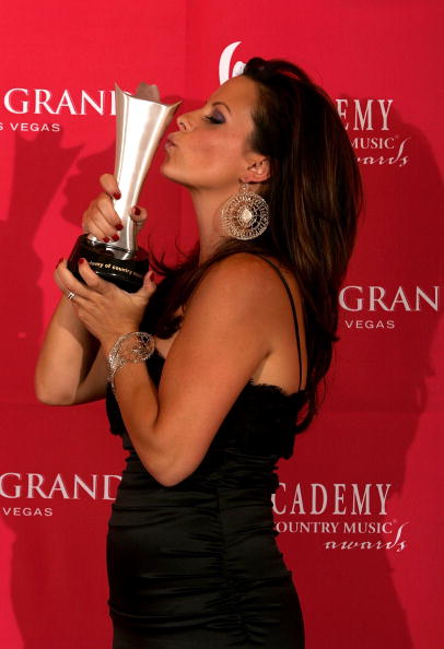 MGM Grand Garden Arena「41st Annual Academy Of Country Music Awards - Press Room」:写真・画像(15)[壁紙.com]