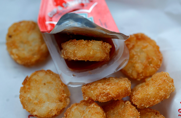 Condiment「Amid Uptick In Takeout Dining During Pandemic, Ketchup Packets In Short Supply」:写真・画像(2)[壁紙.com]