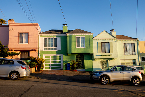 Twilight「colorful Residential houses at sunset」:スマホ壁紙(13)