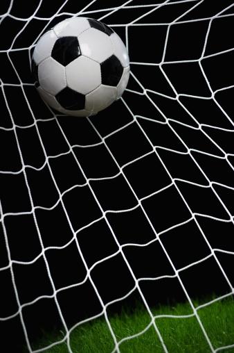 Aspirations「Football striking on net, close up」:スマホ壁紙(10)