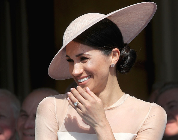 Laughing「The Prince Of Wales' 70th Birthday Patronage Celebration」:写真・画像(9)[壁紙.com]