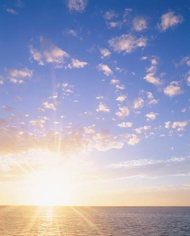 Hokkaido「Beautiful Sunrise Over the Ocean. Wakkanai, Hokkaido, Japan」:スマホ壁紙(17)