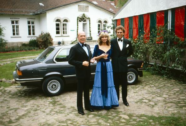 Bride「Von Preuflen」:写真・画像(14)[壁紙.com]