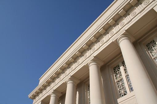 Classical Style「Columned Building - horizontal」:スマホ壁紙(13)