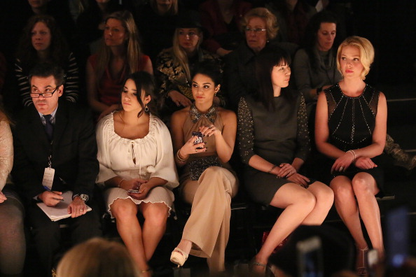 Katherine Heigl「TRESemme At Jenny Packham - Front Row - Fall 2013 Mercedes-Benz Fashion Week」:写真・画像(10)[壁紙.com]