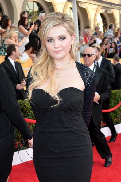 アビゲイル ブレスリン「20th Annual Screen Actors Guild Awards - Red Carpet」:写真・画像(10)[壁紙.com]