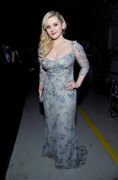 アビゲイル ブレスリン「19th Annual Critics' Choice Movie Awards - Backstage And Audience」:写真・画像(2)[壁紙.com]