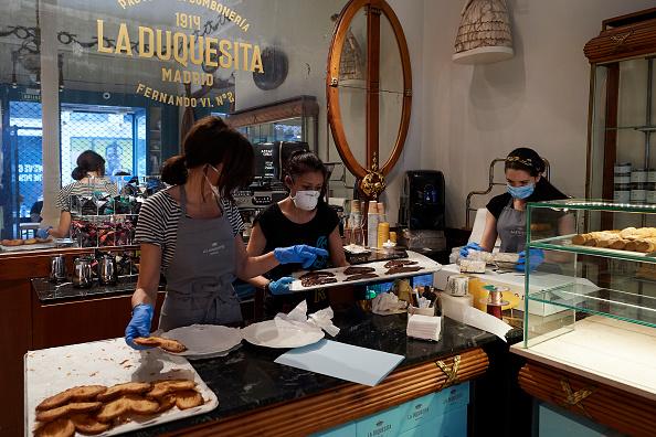 Dessert「Spain Allows Some Businesses To Reopen As It Eases Coronavirus Lockdown」:写真・画像(16)[壁紙.com]